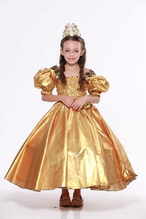 יובל כספין- נסיכת האגדות בזהב צילום אילן בשור