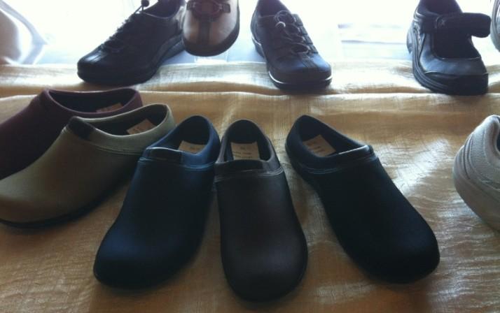 """נעלי הנוחות aetrex - חנות הדגל בת""""א ומדרסים בהזמנה אישית"""