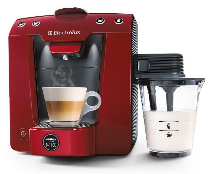 הדור הבא של מכונות הקפה הביתיות - Lavazza Favola Cappuccino