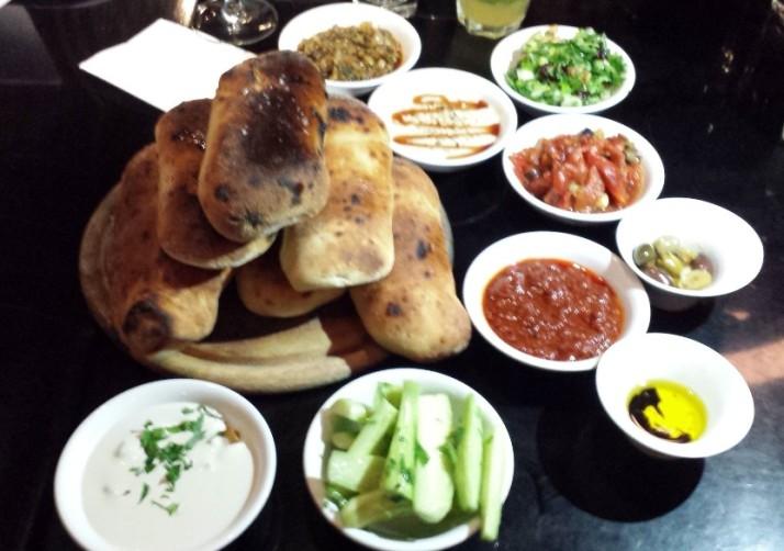 לרגל חגיגות שבוע שנים, תפריט חדש למסעדת החצר בירושלים