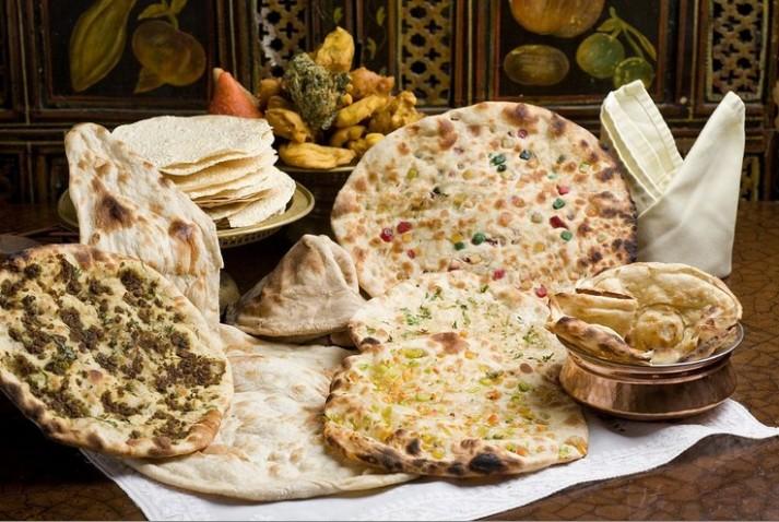 מסעדת טנדורי ההודית של רינה פושקרנה מציינת 32 שנים