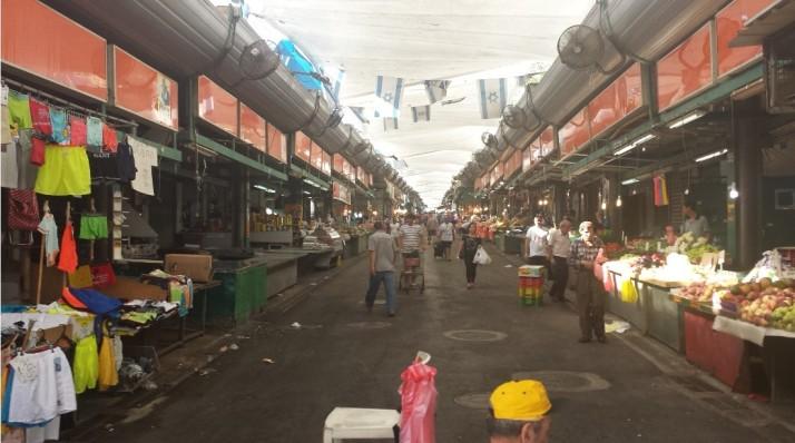 חומוס זיתון בשוק התקווה