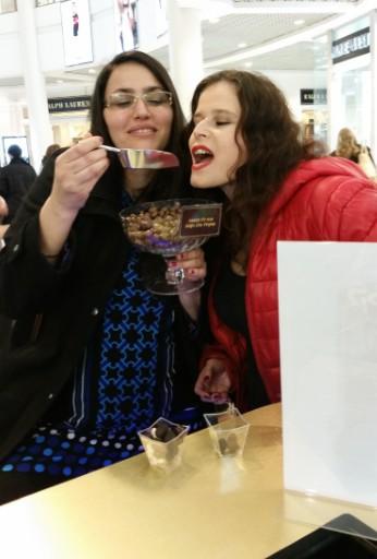 מוזמנים לרגל חג האהבה Valentine's Day לבר שוקולד למבוגרים בלבד: קליק לייבל בר