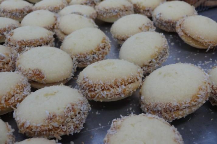 לחם יין - העוגיות נכנסות לרשתות השיווק