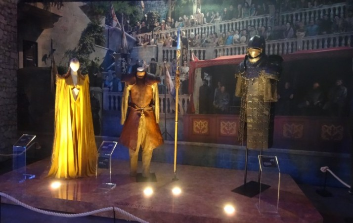 """משחקי הכס - התערוכה חול המועד פסח 5-9/4 בנמל ת""""א Game of Thrones - the Exhibition"""