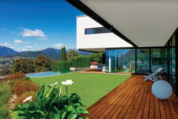נא לדרוך על הדשא! שטיחי הדשא הסינטטי של רשת כרמל Floor Design