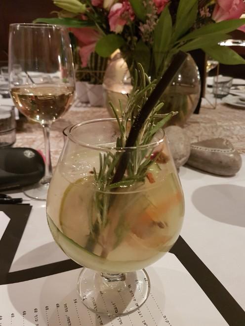 חדש במסעדת הצדף תפריט ערב עשיר עם מנות קטנות במחירים נוחים