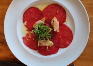 קרפצ'יו ארמני מסעדת טיביס של שף חיים טיבי בחוות ורד הגליל
