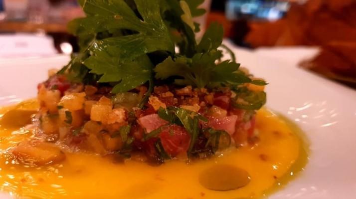 טרטר טונה אדומה מסעדת PoUPeE שלשף אורן אסידו